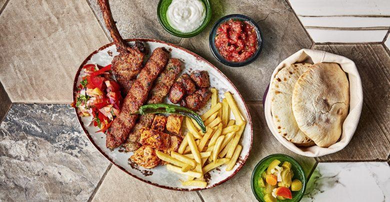 افتتاح مطعم المنقل إكسبرس في ممشى السيف
