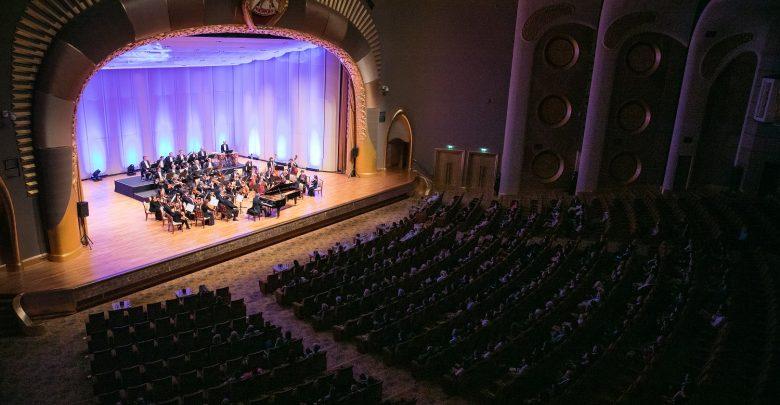 الموسم الثامن مهرجان موسيقى أبوظبي الكلاسيكية