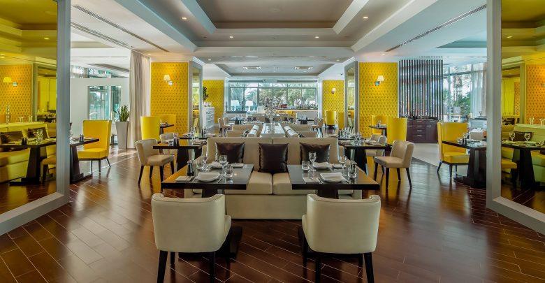 مطعم بيتشه في فندق هيلتون دبي جميرا