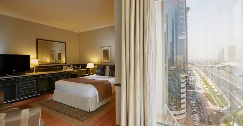 فندق كراون بلازا دبي