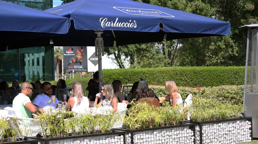مطعم كارلوتشيوز في جميرا فندق الخور