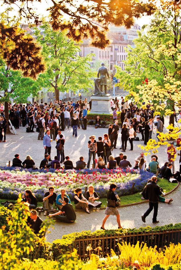 السياحة في لوزان السويسرية خلال فصل الصيف