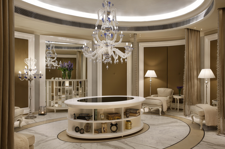 نادي إيريديوم سبا في فندق سانت ريجيس دبي