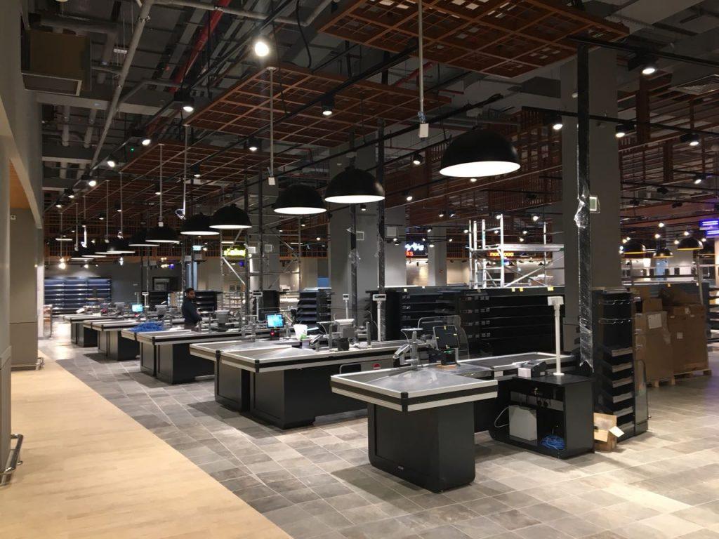 إضافات جديدة في المول في المركز التجاري العالمي أبوظبي