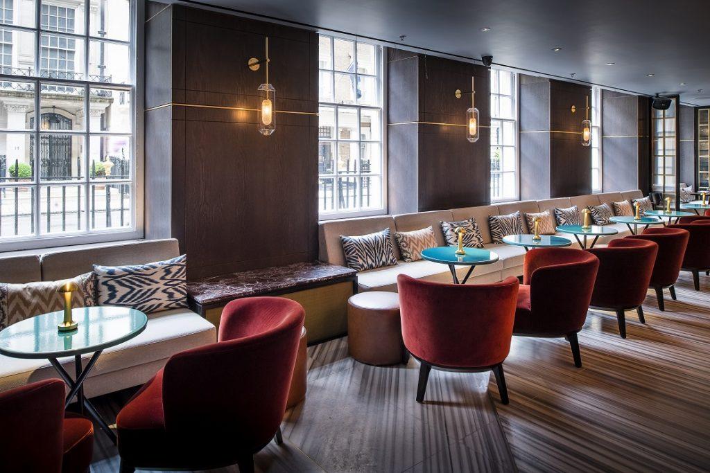 افتتاح أول فرع أوروبي لمطعم رؤيا