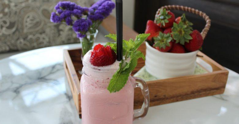 قائمة ببعض المشروبات المنعشة خلال فصل الصيف