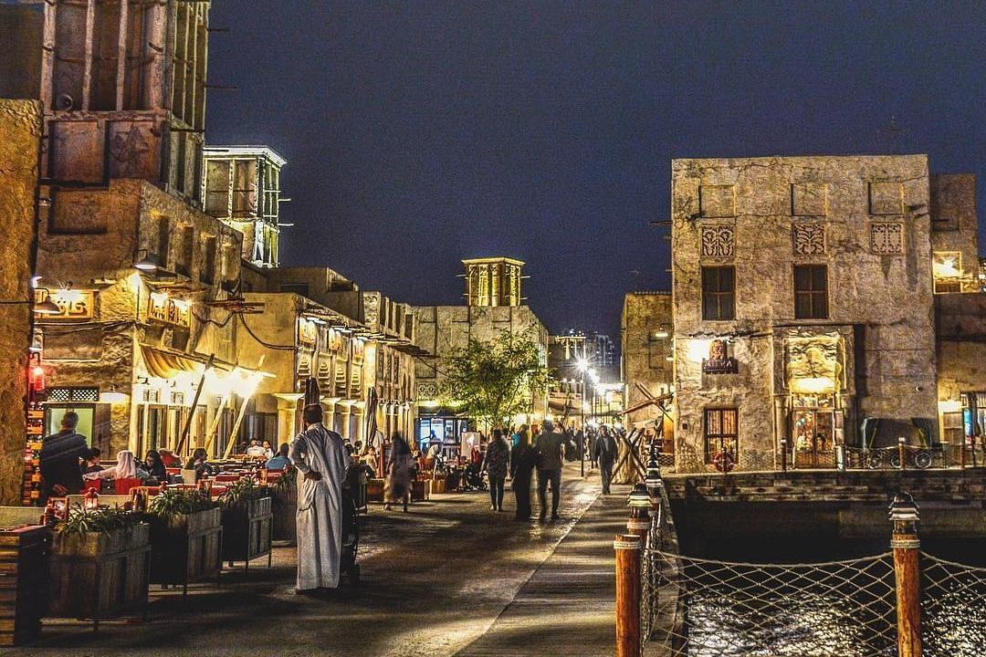 10 أشياء يمكنك القيام بها في بر دبي مقابل 10 دراهم أو أقل - عين دبي - تعرف على مطاعم واماكن السهر فى دبي