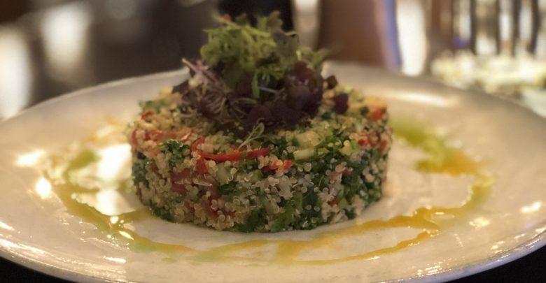الأطباق الصحية والنباتية من مطعم تب أوف بتر