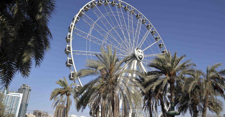 عجلة عين الإمارات في موقعها الجديد في حدائق المنتزه