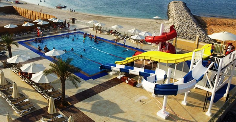 المخيم الصيفي من فندق ريكسوس باب البحر