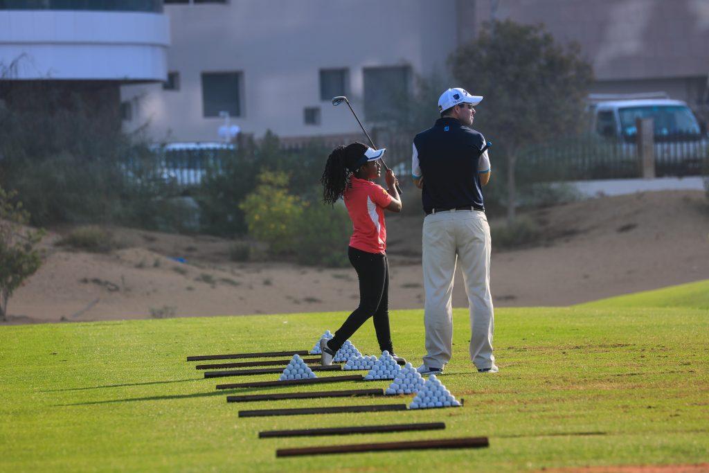 دورات تدريبية في لعبة الجولف من مدرسة باتش هارمون للجولف