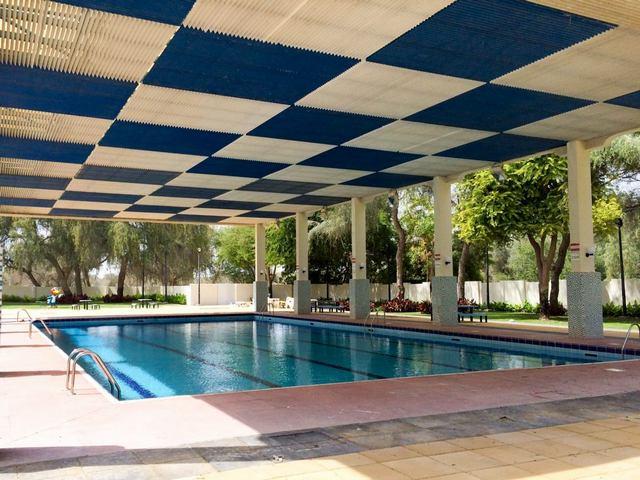 مسبح حديقة مشرف