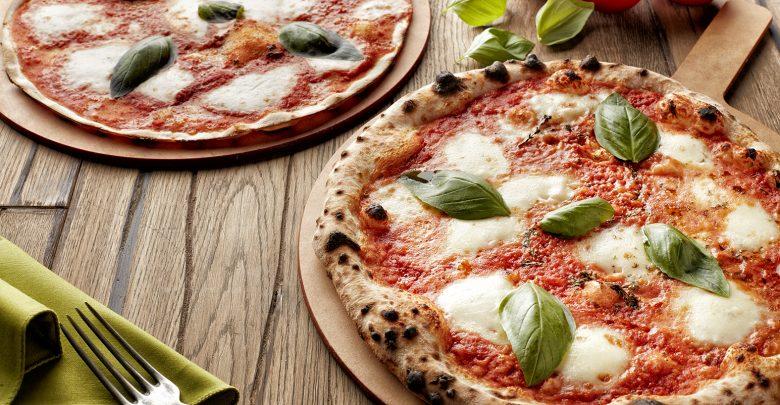 بيتزا مجانية من مطعم 800 ديغريس