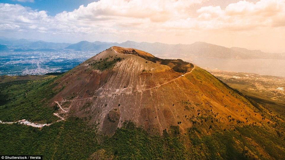 جبل فيزوف