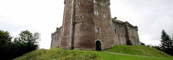 قلعة الدون , اسكتلندا