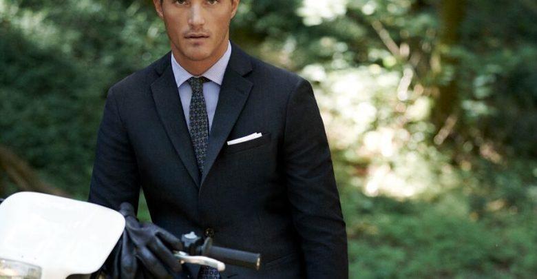 مجموعة The Travel Suit من MANGO
