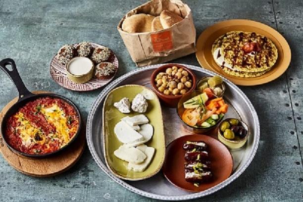 تشكيلة واسعة من وجبات الفطور الصباحية