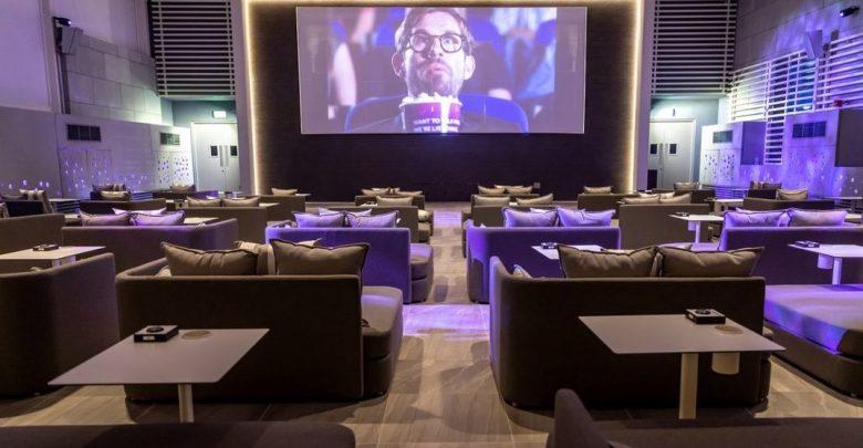 فرع جديد من VOX سينما في فندق ألوفت سيتي سنتر ديرة