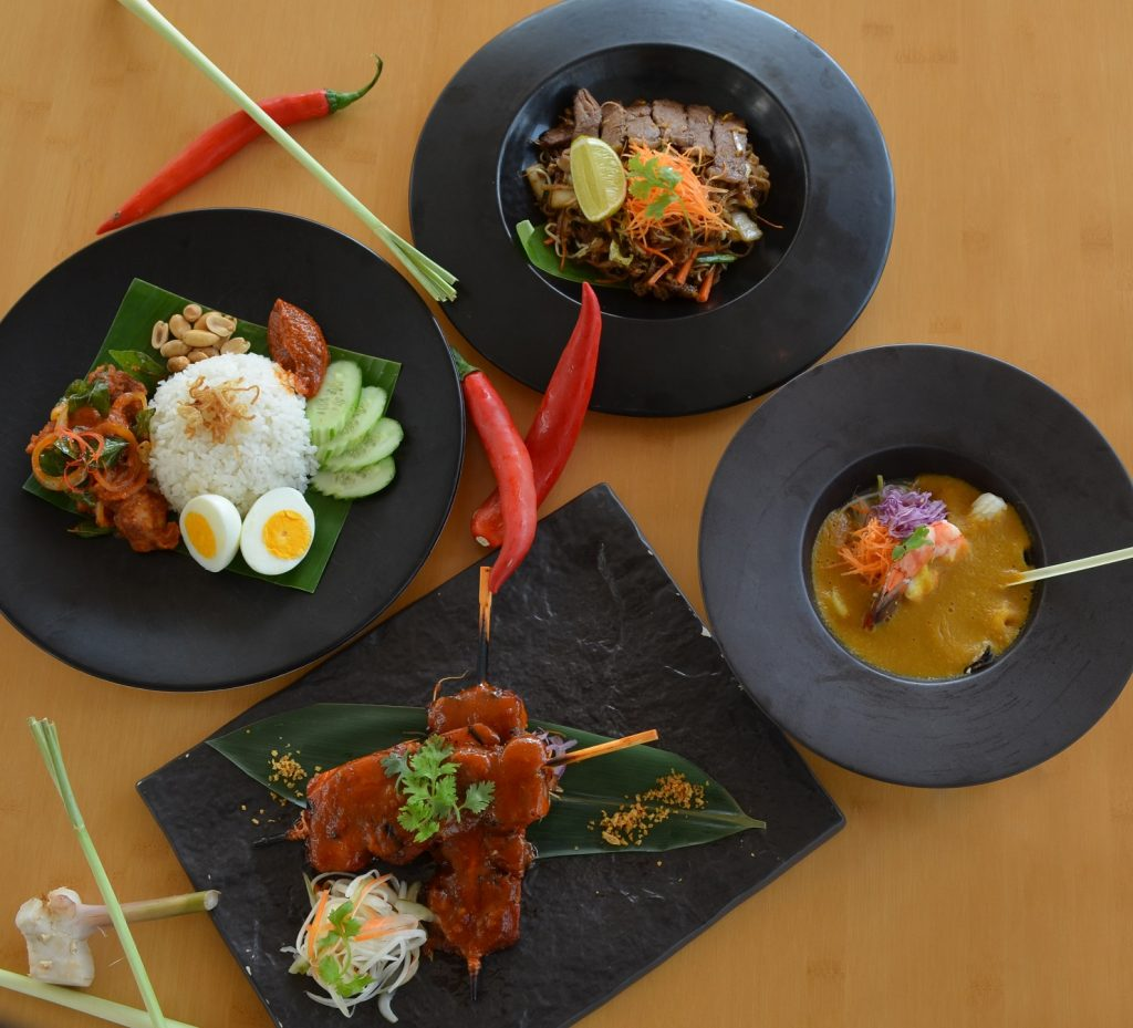 الأطباق الماليزية من مطعم سونتايا