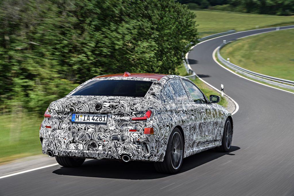 سيارة BMW الفئة الثالثة الجديدة سيدان