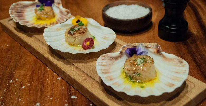المأكولات البحرية والنباتية من مطعم جونايدن