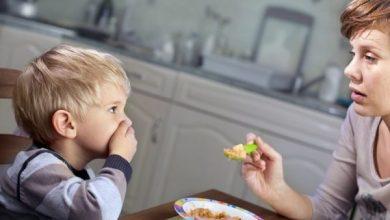 Photo of كيف تجعلين طفلك يتناول الطعام الصحي والمتوازن