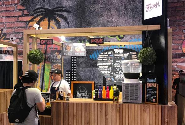 أول سوق داخلي لمأكولات الشارع في دبي