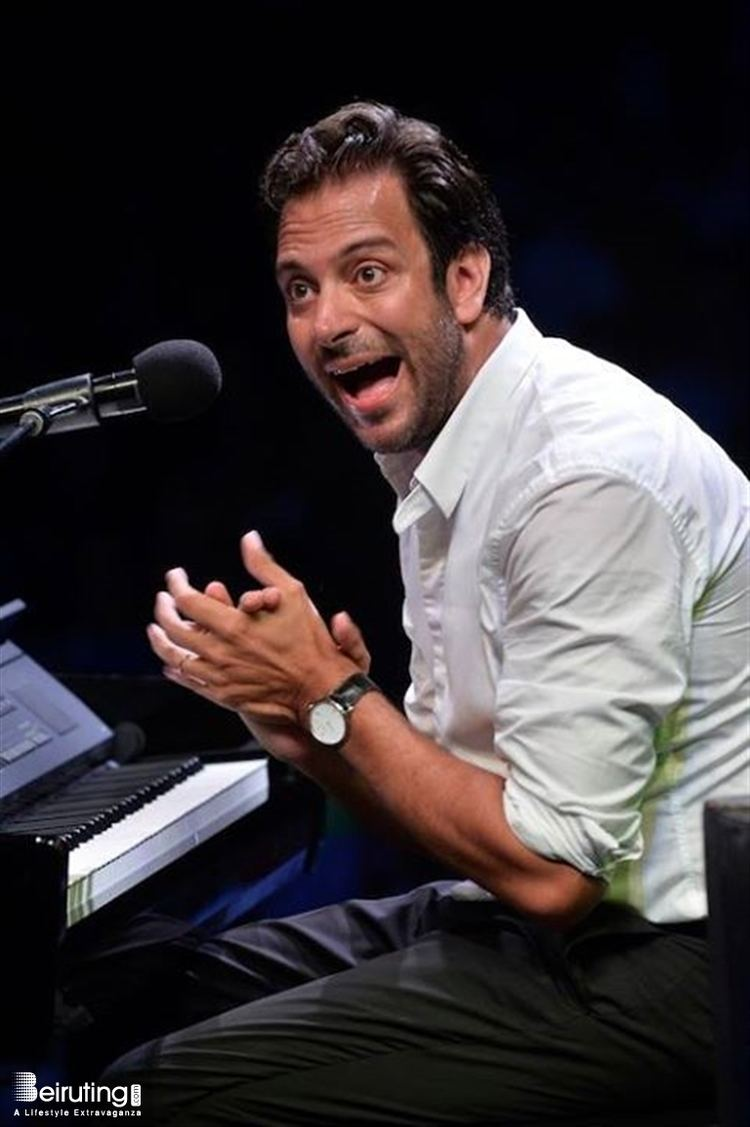عازف البيانو غي مانوكيان Guy Manoukian