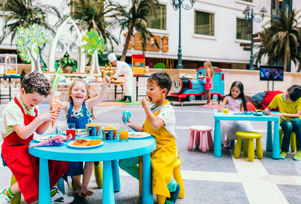 غداء الجمعة للعائلات في فندق جي دبليو ماريوت دبي
