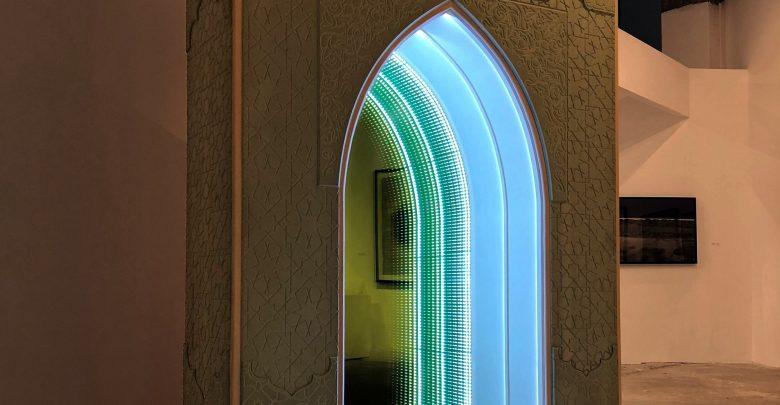 معرض منوَر من فن أبوظبي وحافظ جاليري