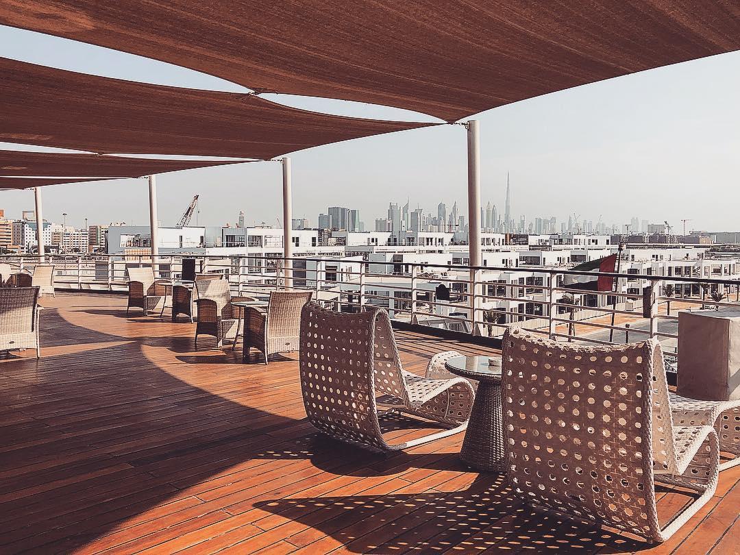 نادي اليخوت The Yacht Club