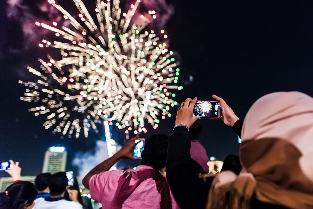 احتفالات مهرجان ديوالي في السيف