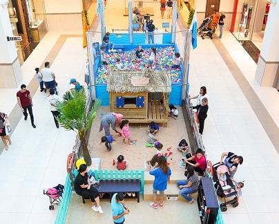 حفلات شاطئية للصغار في سوق الينابيع