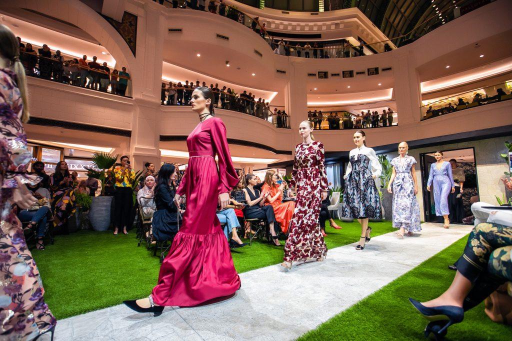 أبرز فعاليات وعروض دبي خلال موسم أزياء خريف وشتاء 2018