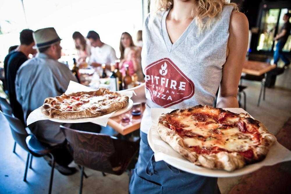 بيتفاير بيتزا Pitfire Pizza