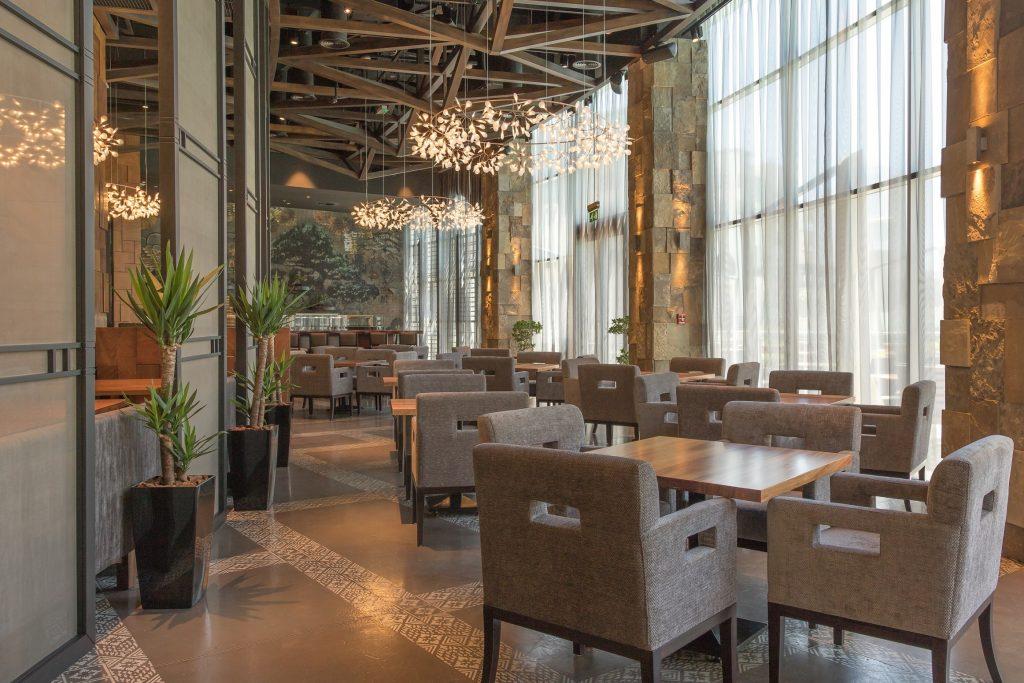 مطعم كاتانا في فندق العنوان وسط المدينة