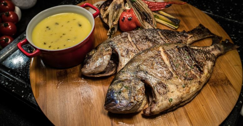 ثلاثاء المأكولات البحرية من مازينا في العنوان مرسى دبي