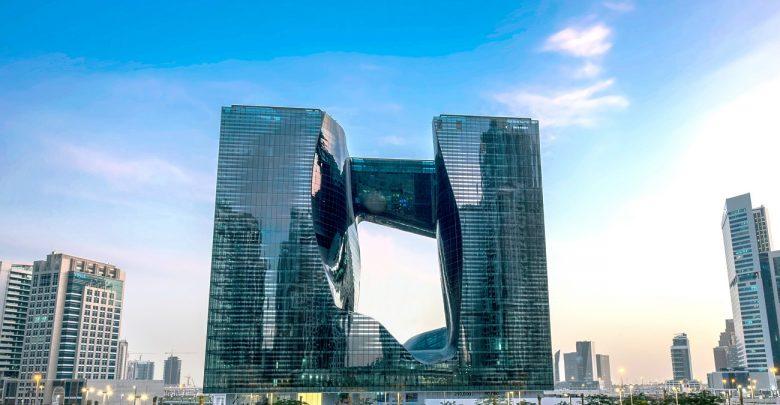 مبنى ذا أوبوس يفتتح أبوابه في منطقة الخليج التجاري