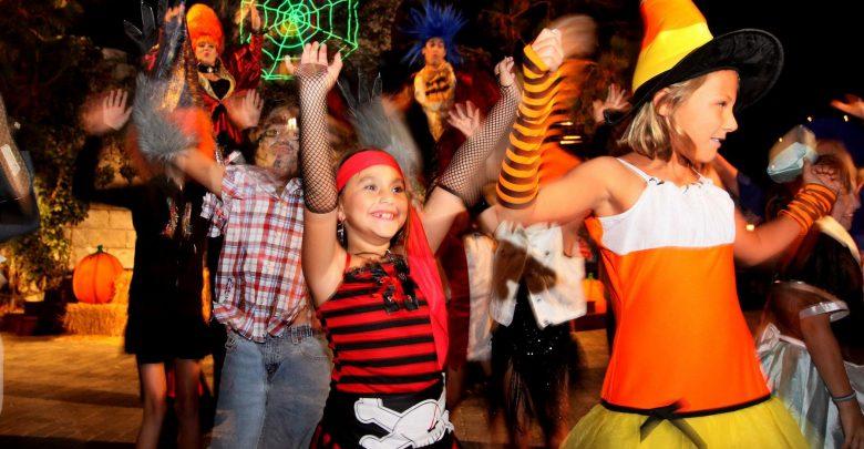 حفلة مهرجان الخريف من باونس أبوظبي مارينا مول