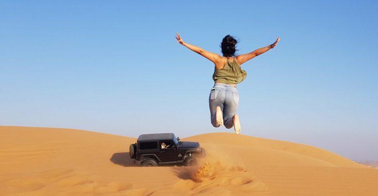 5 صور تذكارية لابد أن تلتقطها لنفسك في صحراء دبي