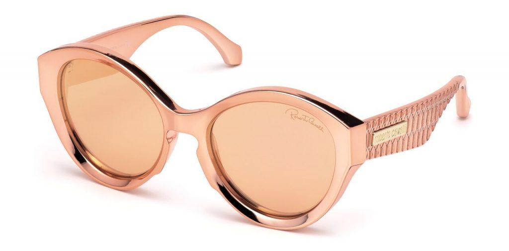 نظارات كبيرة من روبيرتو كافالي لموسم خريف وشتاء 2018