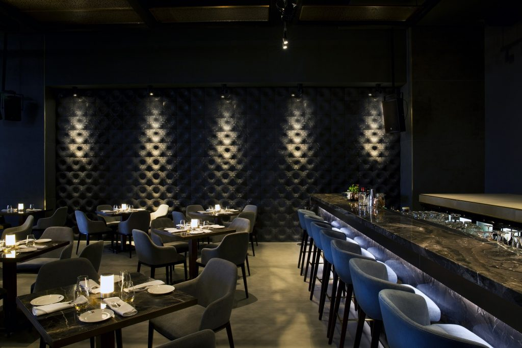 مطعم ولاونج روبيرتوز