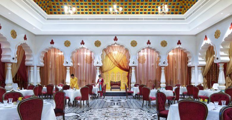 مطعم موغال إي أزام في بوليوود باركس دبي