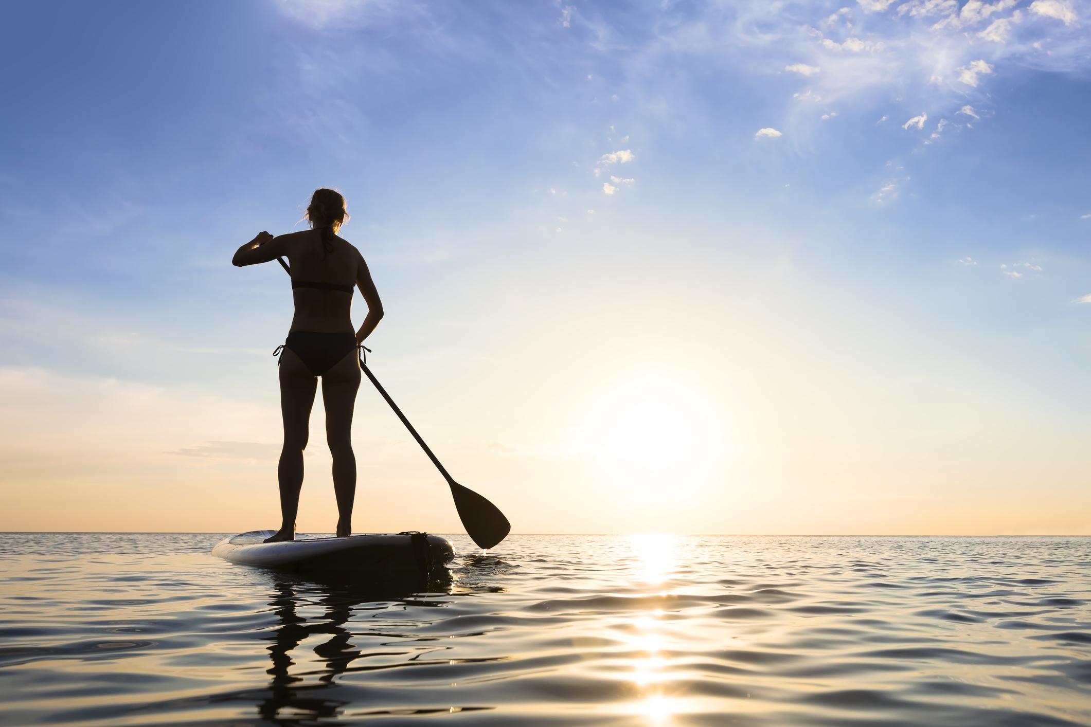 التجديف بالوقوفStand-up Paddle Boarding