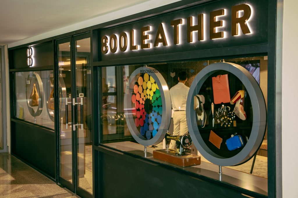 افتتاح متجر 800 Leather في دبي مول