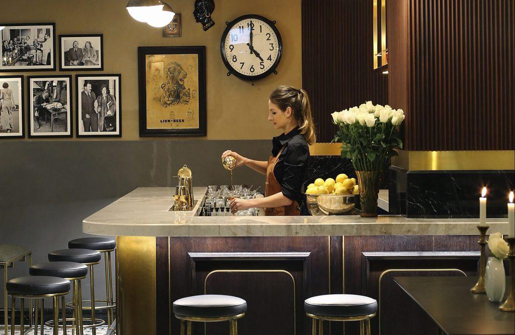 افتتاح ركن المشروبات همنغوايز في ذا ميت كو