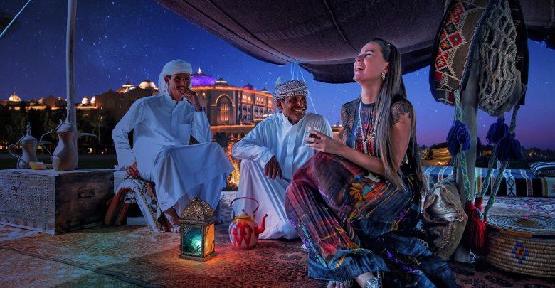 ليلة الخميس الإماراتية في مطعم مزلاي