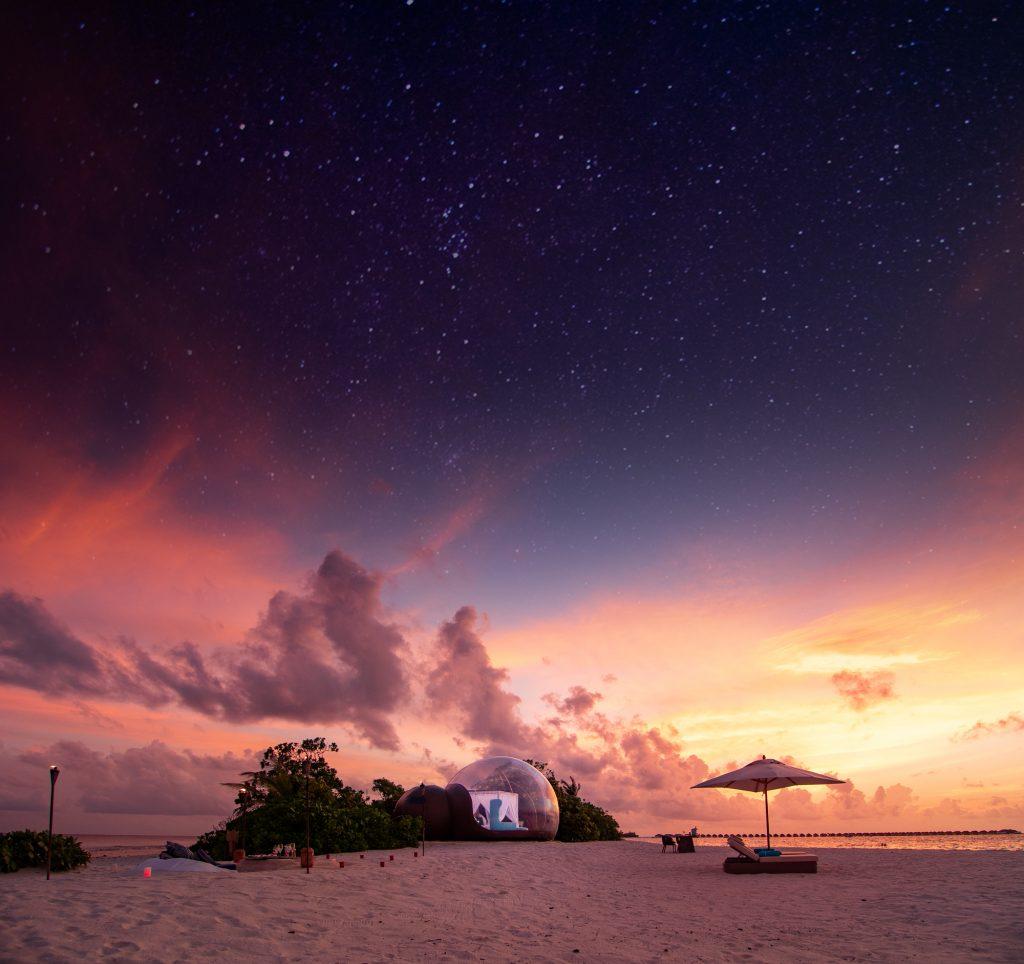الفقّاعة الشاطئية في منتجع فينولهو بجزر المالديف