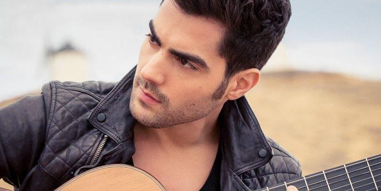عازف الجيتار المشهور ميلوس كاراداجليك في دبي أوبرا