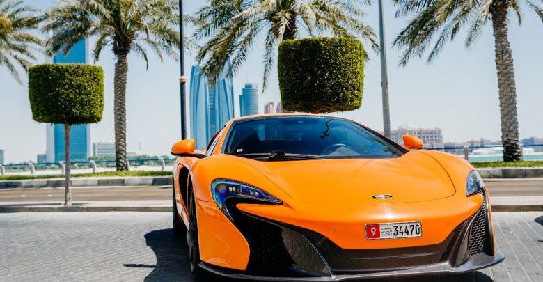 التاكسي الخارق في مارينا مول أبوظبي !